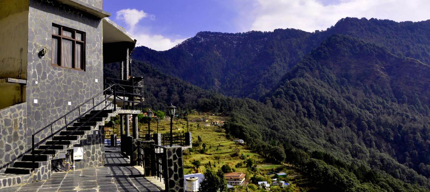 Affordable Deluxe Hotels in nainital