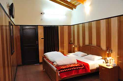 Best accommodation in Pangot Nainital